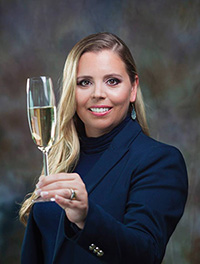 Alessandra Esteves - WSET (Wine and Spirits Education Trust)